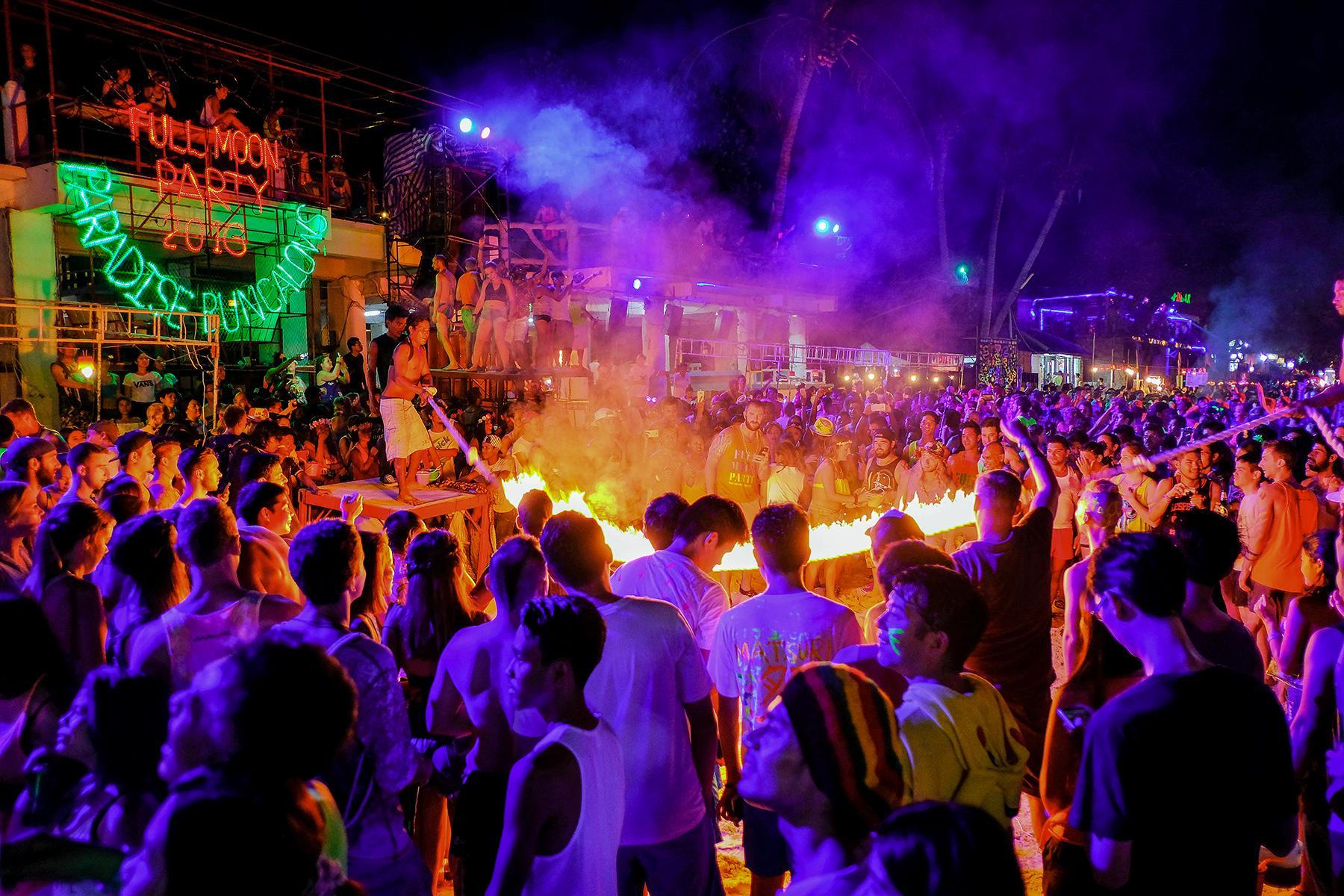 fête full moon thailande